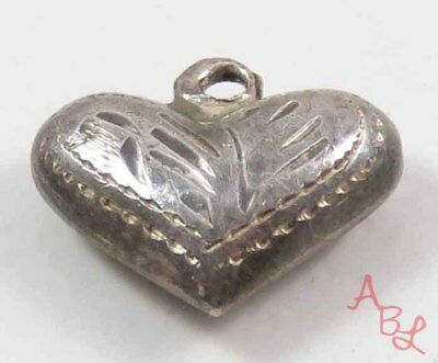 Sterling Silver Vintage 925 Etched Puffed Heart Pendant (0.3g) - 737583