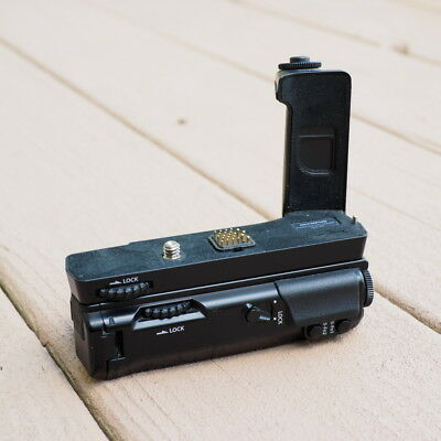 Olympus Omd E-M5 6G Grip And Hld-6 Battery Holder