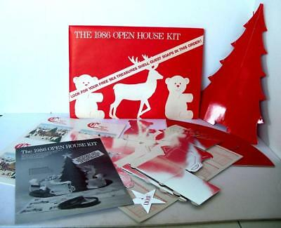 Vintage Avon HOLIDAY OPEN HOUSE KIT 1986 Christmas Tree Reindeer Bear Displays