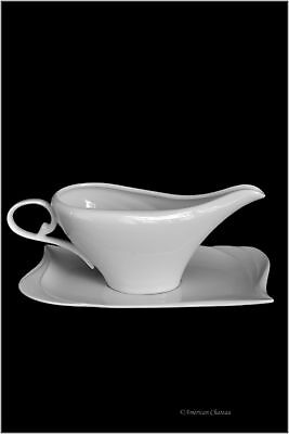 Large 8oz White Porcelain Gravy Sauce Bowl Boat With Tray (Gift Boxed)