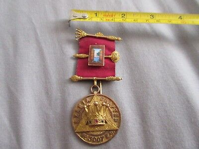Solid 9Ct Gold Masonic Medal