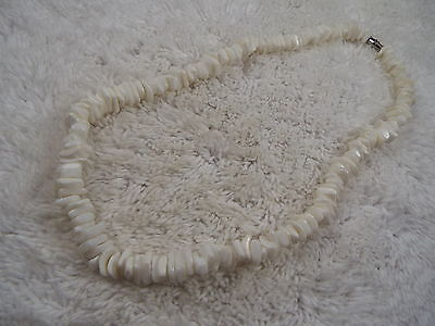 White Sea Shell Necklace (D72)