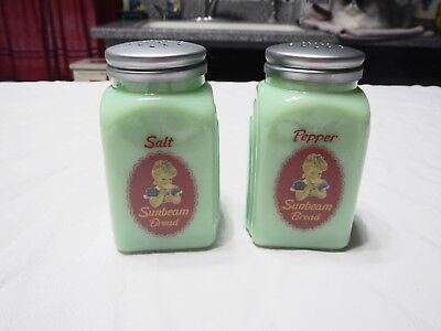 Sunbeam Bread Licensed Product Jadeite Arch Salt And Pepper Shakers