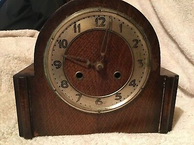 Vintage, Art Deco Style, Oak Cased Mantel Clock, UWS.