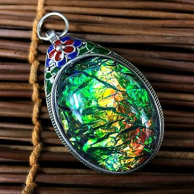 Chinese Collectible Old Tibet Silver Handwork Carve Flowers Inlay Opal Pendant 1