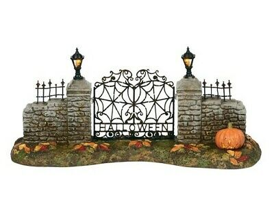 Dept 56 SV Halloween Village Gate #6000665 BRAND NEW 2018 Free Shipping
