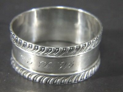Vintage Wallace 62 Swirl Design Edge Sterling Silver NAPKIN RING
