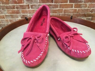 Minnetonka Hot Pink Suede Kilty Slip on Moccasin Loafer Flats 9 40 New