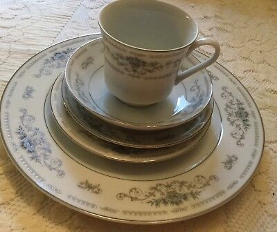 """CHINA dishes """"DIANE"""" FINE PORCELAIN OF JAPAN  by WADE 5 Piece Place Setting"""