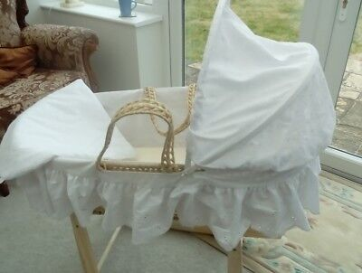 CLAIRE DE LUNE MOSES  BASKET & padded COVER SET 3 PIECE WHITE anglaise broglaise