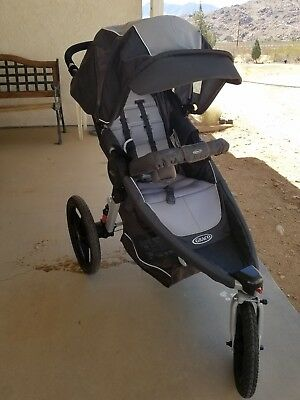 Graco Relay Click Connect baby jogging stroller All