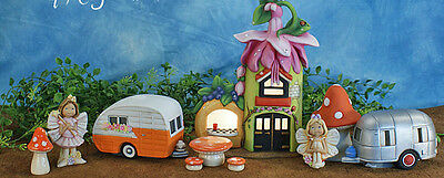 Ceramic Bisque Ready to Paint Fairy Fushia Farm and Berry Stand Scene Brand New