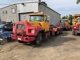 1993 Mack DM690s Roll-Off Ready To Work Today