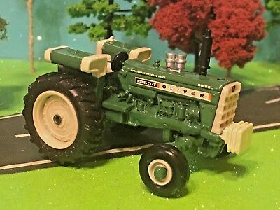 Oliver Tractor, Model Diesel 1950-T, Over/Under Hydraulic Shift, 1:64 Farm Toy