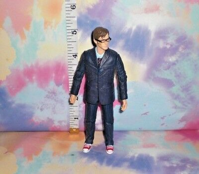 Doctor Who - 10Th Tenth Doctor Blue Suit Red Shoes & Glasses Figure - Asb13