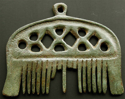 Very rare genuine Finnish Viking bronze comb