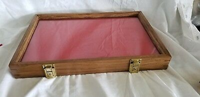 """Vintage Oak Wood Display Case 18""""x 12"""" x 2"""" tall With Glass Top  NO KEY"""