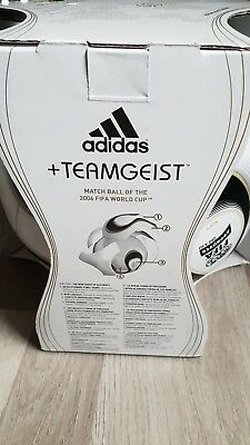 Adidas Teamgeist FIFA World Cup WM 2006 Match Ball in Box Germany Deutschland