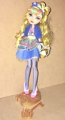 "Ever After High Blondie Lockes Fashion Doll, 10.5""H Just Sweet"
