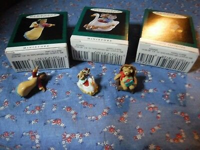 3 Hallmark Keepsake Miniature Ornaments 1995 Tunnel of Love Heavenly Praises Gra