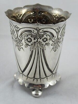 PRETTY ANTIQUE LATE VICTORIAN SOLID STERLING SILVER BEAKER VASE 1899 101 g