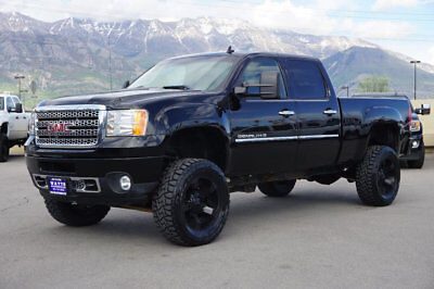 GMC Sierra 2500HD DENALI Lifted GMC Crew Cab Denali 4X4 Duramax Diesel Custom Wheels Tires Leather Auto