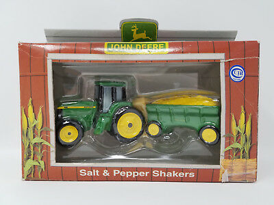 John Deere 8400 Tractor And Wagon Salt & Pepper Shaker Set - 1998 - New In Box
