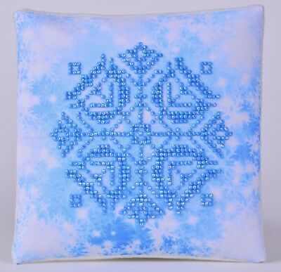 Diamond DOTZ SNOWFLAKE MINI PILLOW CLOSING STORE SALE ITEMS ARE MARKED DOWN