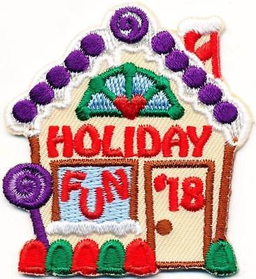 Girl Boy HOLIDAY FUN '18 Gingerbread House Patches Crest Badges SCOUT GUIDE XMAS