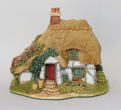 Lilliput Lane Cottages: Boxwood Cottage (English Collection - South East) SIGNED