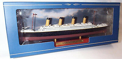 RMS Titanic Transatlantic liner on display Plinth 1:1250 Scale  mib Atlas