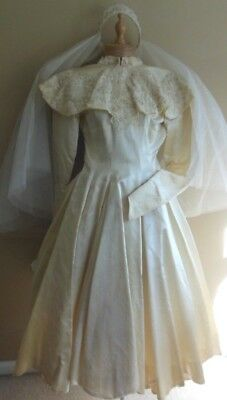 Vintage 1950's Wedding Dress & Veil Tea Length XS/S  32