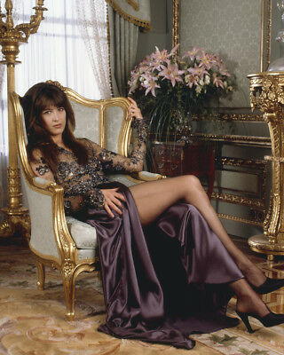 The World Is Not Enough Sophie Marceau Sexy Leggy James Bond Glamour 8X10 Photo