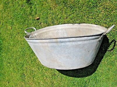 Vintage Galvanised Metal Oval Bath Or Washing Tub - Ideal As Planter Or Dog Bath