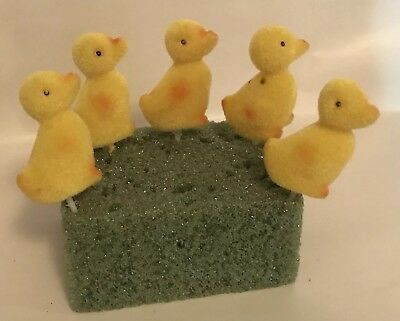Vintage Flocked Baby Duck Ducklings Figures Picks For Easter Yellow Fuzzy A6
