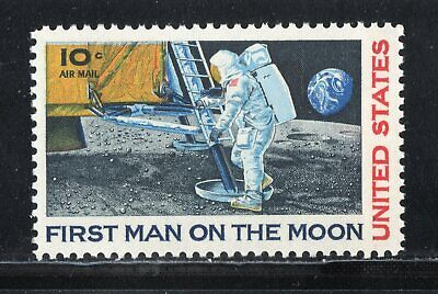 First Man On The Moon ** 1969 Apollo 11 ** Us Postage Stamp Mint