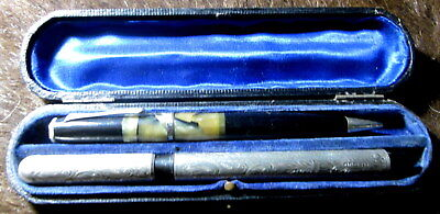 1915 collectors pen & pencil set - hallmarked silver (Chester) and engraved JWG