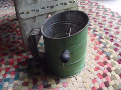 Primitive Vintage Early Deco Bromwell's Bee Tin Flour Sifter GORGEOUS Green