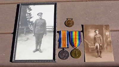 Pair of World War 1 WW1 Canada Victory & Service Medals Canadian Engineers