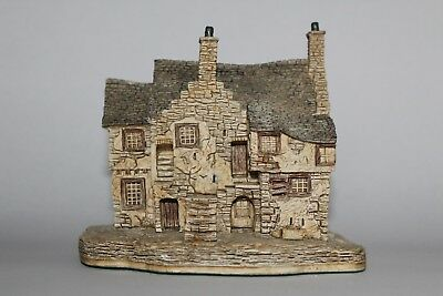 Lilliput Lane Cottages: Stockwell Tenement (Scottish Collection)