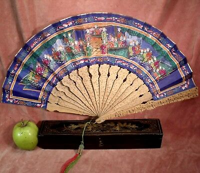 ANTIQUE c1870 CHINESE FAN THOUSAND FACES BRISE SANDALWOOD carved painted boxed