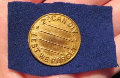 2nd Canadian Division WWI Era Button Hole Lapel Pin Lest We Forget