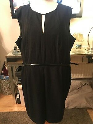 Marks And Spencer City Dress Size 22 With Belt !