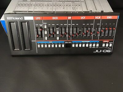 Roland Juno JU-06 Boutique Synthesizer