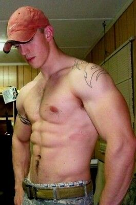 Shirtless Male Muscular Beefcake Hunk Military Man Shaving PHOTO 4X6 F1826