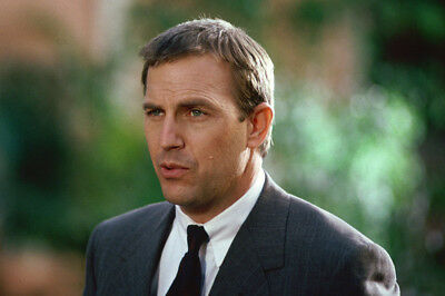 Kevin Costner As Frank Farmer In The Bodyguard Outside In Suit Large Poster