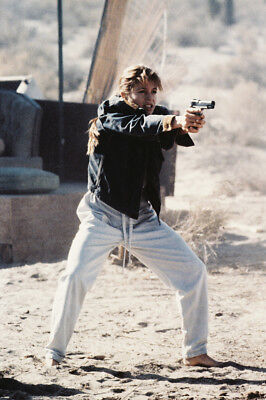Linda Hamilton As Sarah Connor In Terminator 2: Judgment Day Large Poster