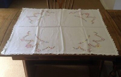 Small Vintage Cotton Embroidered Flowers Table Cloth with Lace Edge 30cm x 35cm