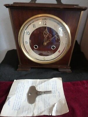 Smiths Vintage Wooden Mantle Pendulum Clock Circa Early 1960,s . Collectable