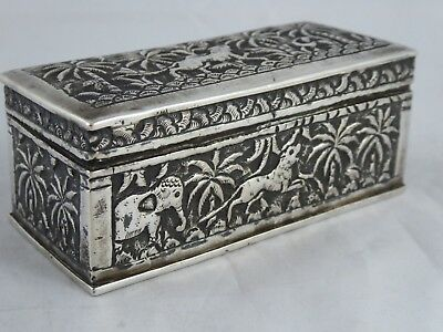 LOVELY ANTIQUE INDIAN SOLID SILVER TABLE SNUFF / TRINKET BOX LUCKNOW c1890/1900